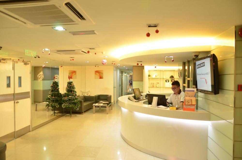 Fenix Inn reception