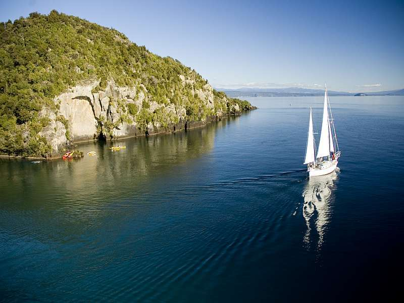 Barbary-on-Lake-Taupo